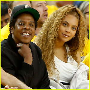 Beyonce & Jay-Z Have a Court Side Date Night at Warriors Game!