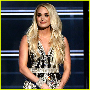 Carrie Underwood Reveals Face In Public For First Time