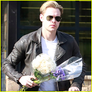Chord Overstreet Picks Up Flowers While Grocery Shopping