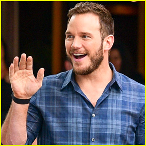 Chris Pratt Looks So Happy Meeting Brazilian Fans While Promoting 'Avengers: Infinity War'!