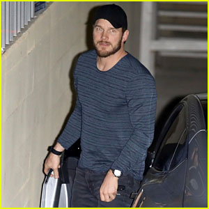 Chris Pratt Heads to Church in Beverly Hills!