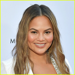 Chrissy Teigen Reveals the Hollywood Breakup That Left Her 'Most Disturbed'