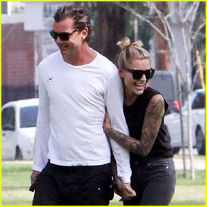 Gavin Rossdale & Girlfriend Sophia Thomalla Can't Stop Smiling at the Park!