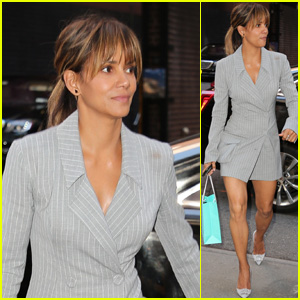 Halle Berry Keeps it Chic While Arriving Back at Her NYC Apartment!