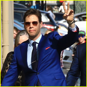 Ike Barinholtz Does Impressions of Obama, The Rock, Kevin Hart & Paw Patrol on 'Jimmy Kimmel Live'!