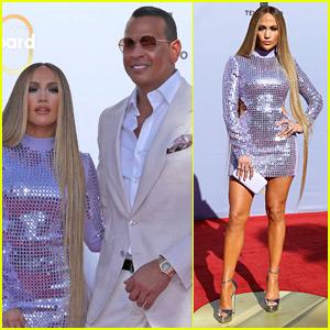 Jennifer Lopez & Alex Rodriguez Make One Hot Couple at Billboard Latin Music Awards 2018!