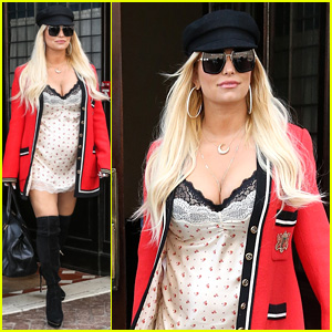 Jessica Simpson Steps Out Wearing Gucci in New York City
