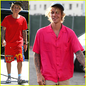 Justin Bieber Checks Into the Escape Hotel for a Fun Game!