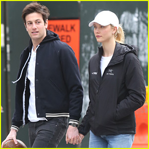 Karlie Kloss & Joshua Kushner Head to the Park in NYC!