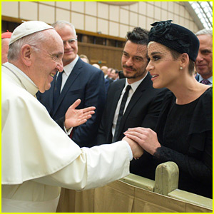 Katy Perry & Orlando Bloom Meet the Pope in Vatican City!