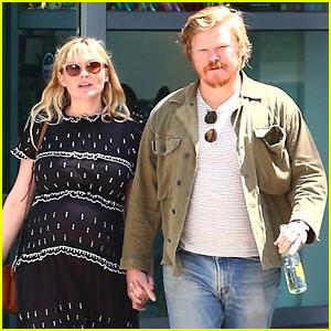 Kirsten Dunst & Jesse Plemons Hold Hands During Afternoon Date!