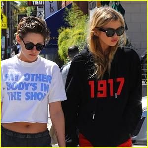 Kristen Stewart & Stella Maxwell Grab Lunch in Los Feliz