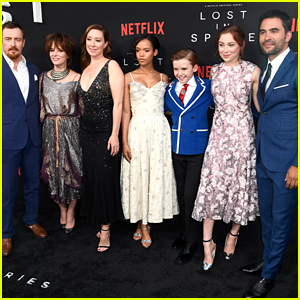 The Cast of 'Lost In Space' Hits the Red Carpet at LA Premiere!