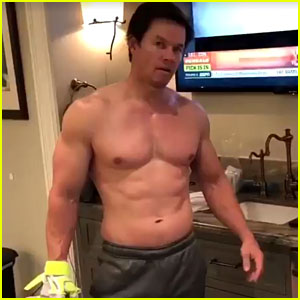 Mark Wahlberg Mocked By Wife & Daughter for Shirtless Videos, While Making One!