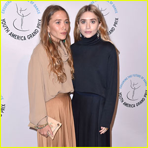 Mary-Kate & Ashley Olsen Make Rare Red Carpet Appearance Together!