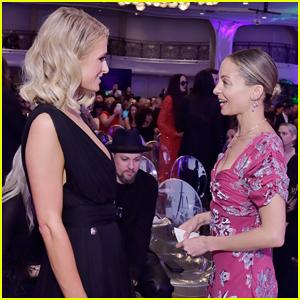 Nicole Richie & Paris Hilton Reunite at Daily Front Row Los Angeles Awards 2018!