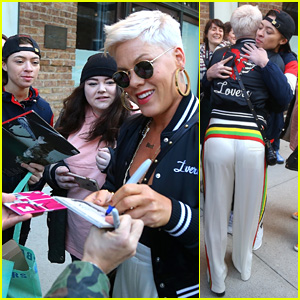 Pink Stops to Sign Autographs & Take Photos with Her Fans!