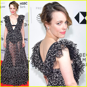 Rachel McAdams Walks First Red Carpet After Giving Birth!