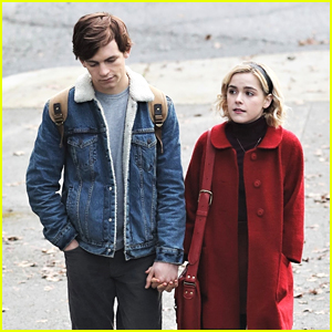 Kiernan Shipka Gets Into Character as Sabrina Spellman For 'Chilling Adventures of Sabrina'