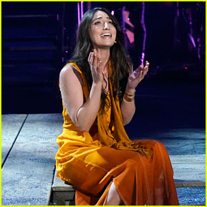 Watch Sara Bareilles Sing 'I Don't Know How to Love Him' in 'Jesus Christ Superstar Live'