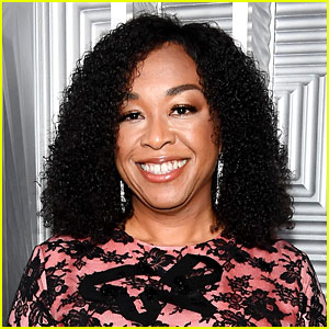 'Scandal' Creator Shonda Rhimes Explains Why She Felt Insulted by ABC During Season One