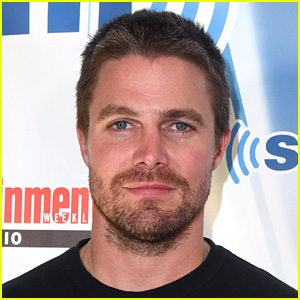 Stephen Amell Weighs In on That Shocking 'Arrow' Exit