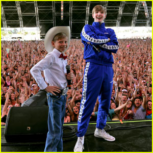 Yodeling Walmart Kid Mason Ramsey Hits the Stage at Coachella 2018 - Watch Now!