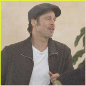 Brad Pitt Arrives to Watch U2 in Concert!