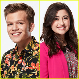 The Voice's Britton Buchanan Met His Girlfriend at the Blind Auditions!