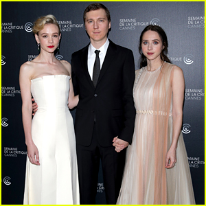 Carey Mulligan Joins Paul Dano & Zoe Kazan at 'Wildlife' Cannes Photo Call!