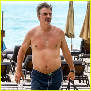 Chris Noth Goes Shirtless on the Beach During Miami Vacation!