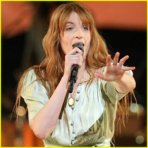 Florence + the Machine Perform New Song 'Hunger' on 'The Voice' Finale (VIDEO)