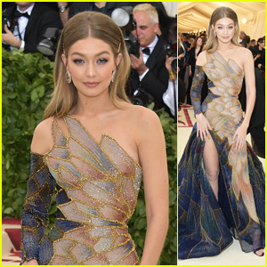 Gigi Hadid Is a Vision in Versace at Met Gala 2018