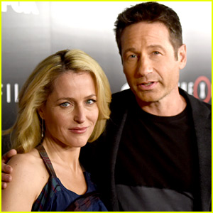Gillian Anderson Throws Shade at Fox for 'X-Files' Cancellation