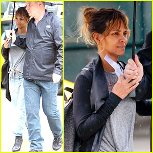 Halle Berry Arrives Back in New York After Quick Trip Away