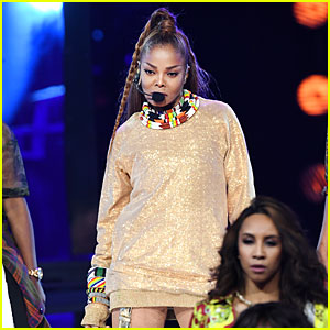 Janet Jackson Performs a Medley of Her Hits at Billboard Music Awards 2018! (Video)