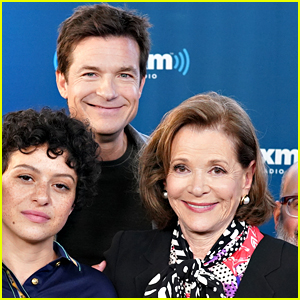 Jason Bateman Apologizes to Jessica Walter After Controversial 'Arrested Development' Interview