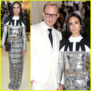 Jennifer Connelly & Paul Bettany Couple Up at Met Gala 2018!
