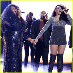 Jennifer Hudson Brings Back 'Hairspray' Song for 'The Voice' Finale Performance with Kyla Jade (Video)