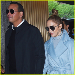 Jennifer Lopez & Alex Rodriguez Head to Yankees Game in NYC!