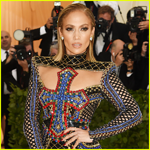 Jennifer Lopez to Perform at Billboard Music Awards 2018!