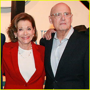 Jessica Walter Says Jeffrey Tambor Verbally Abused Her on 'Arrested Development' Set