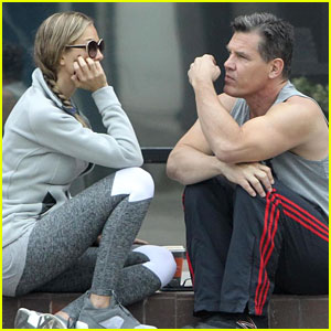 Josh Brolin Puts Big Muscles on Display During a Coffee Date