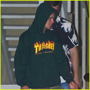 Justin Bieber Steps Out After a Wednesday Night Church Service