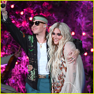Kesha & Macklemore Go Campy for 'Good Old Days' BBMAs 2018 Performance - Watch!