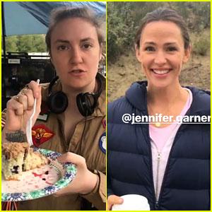 Lena Dunham Rates Jennifer Garner's Blueberry Cake: 7 Stars!