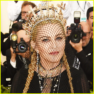 Madonna Performs 'Like A Prayer' & 'Hallelujah' & Premieres New Song at Met Gala 2018!