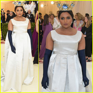 Mindy Kaling Is A Queen At The Met Gala 2018!