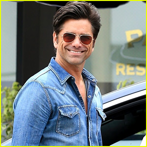 New Dad John Stamos Grabs Lunch in Beverly Hills!