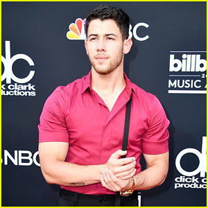 Nick Jonas' Muscles Are Bursting Out of His Shirt at Billboard Music Awards 2018!